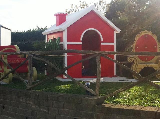 Arredi natalizi a noleggio noleggio scenografie for Scenografie in polistirolo